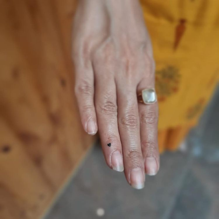 chrissy teigan just got finger tattoos, let's discover more ways to decorate your digits with ink | parenting questions | mamas uncut 163743283 433702004365077 2582762435149441485 n
