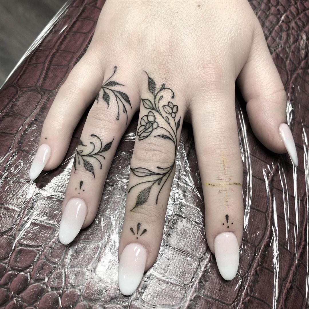 chrissy teigan just got finger tattoos, let's discover more ways to decorate your digits with ink | parenting questions | mamas uncut 163823947 348815989849436 2546493742981631449 n