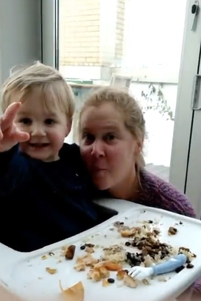 amy schumer posts hilariously relatable parenting clip