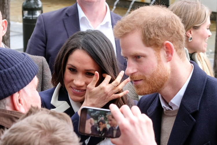 probe launched after staff accuse meghan markle of bullying