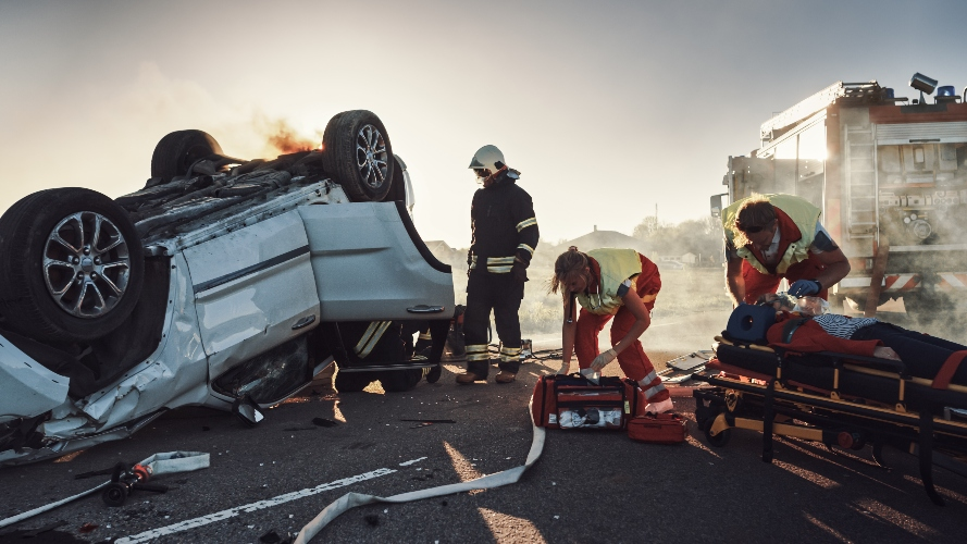 mom tragically dies saving 5-year-old twins during car crash