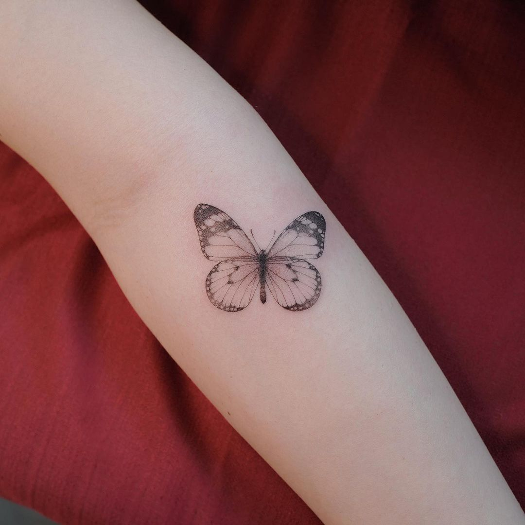 25 small butterfly tattoos that will make your heart flutter