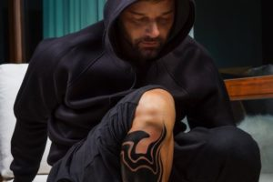ricky martin & adam levine both got massive leg tattoos, check out their new ink and more like it