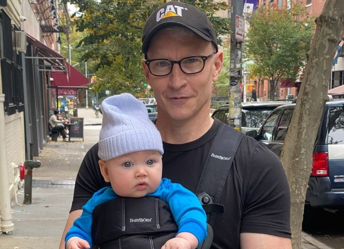 anderson cooper's son wyatt's reaction to seeing him on tv