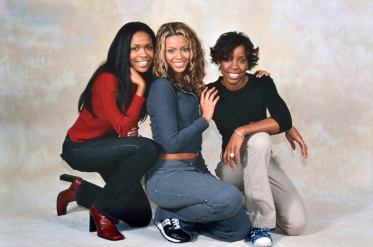 kelly rowland reveals 'sisters' beyoncé & michelle williams were present when she gave birth