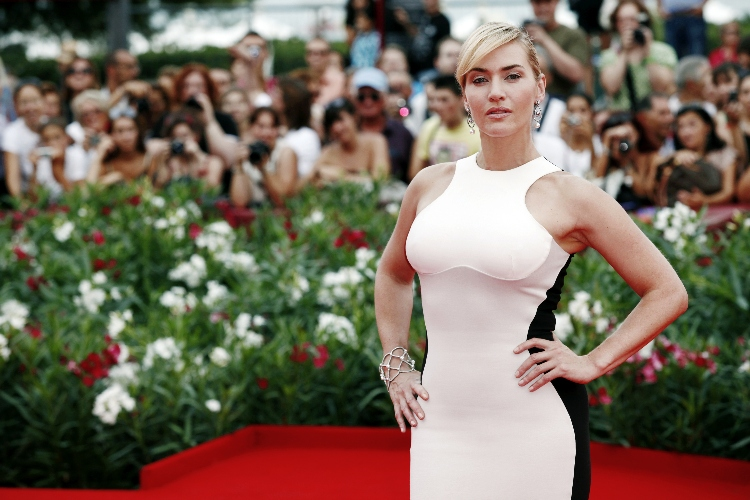 kate winslet proud of daughter who uses different last name