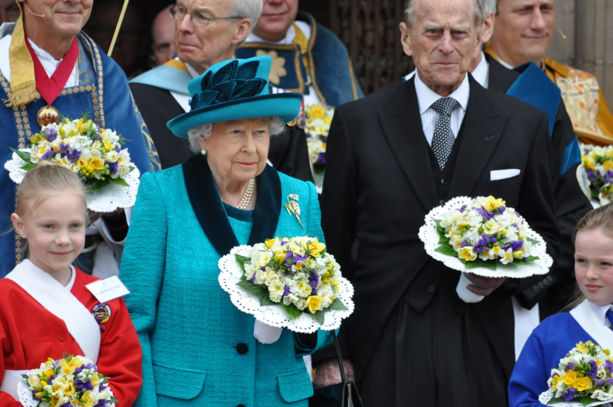 queen elizabeth's husband prince philip passes away at 99