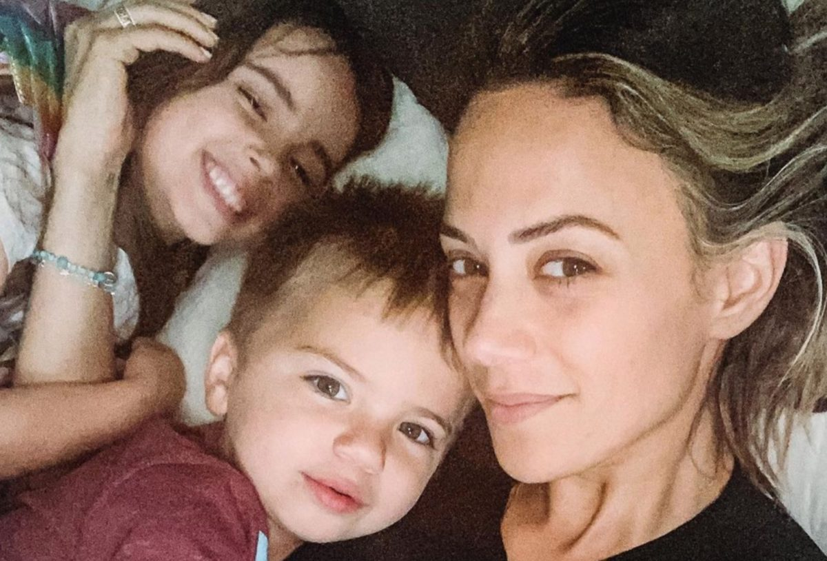 jana kramer feeling grateful about being a mom amid divorce from her children's father mike caussin