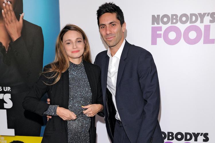 nev schulman reveals wife laura perlongo's emotional struggle with 'daunting' third pregnancy