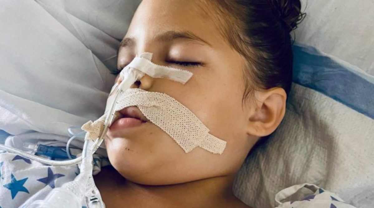 5-year-old suffers from snake bite, mom urges other parents to be cautious