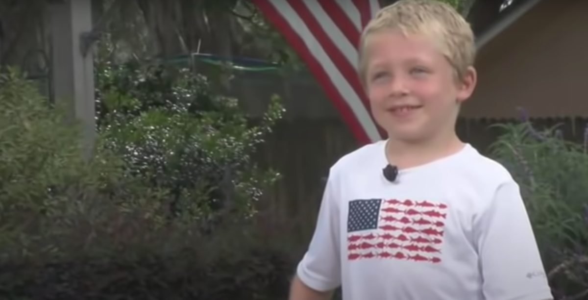 7-year-old boy swims an entire hour to rescue his father and 4-year-old sister caught in river