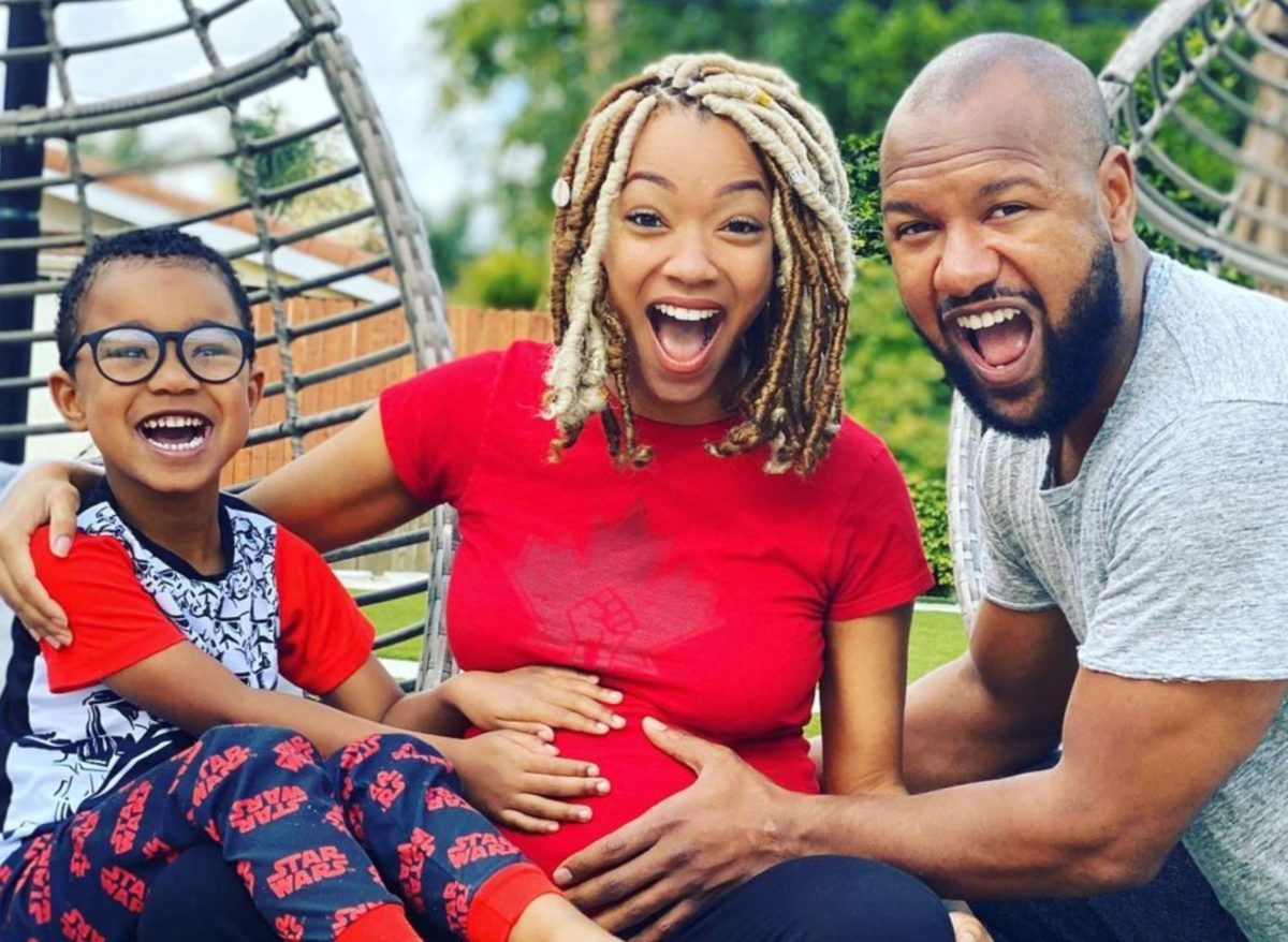 actress sonequa martin-green, mom of 2, opens up about the adventure of parenting