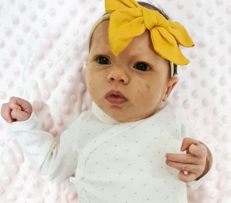 dani soares says baby's father 'needs to do more than just talk' to be in daughter's life4