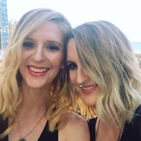 identical 'mirror' twin decides to be sister's surrogate despite rare syndrome