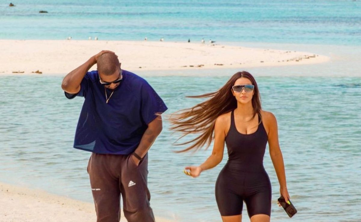 kim kardashian 'struggling' with 3rd divorce as she opens up to her family on the second to last episode of their reality show