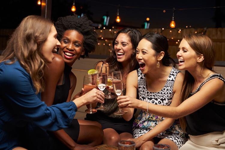25 girls night games