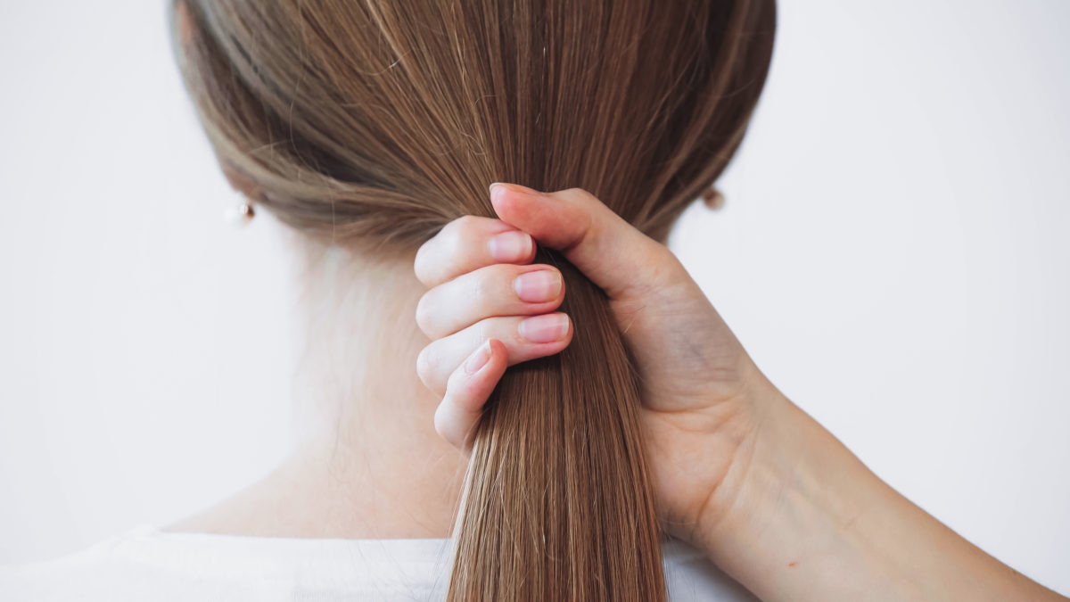 aita for refusing to cut and donate my hair to make my friend's sister feel better?
