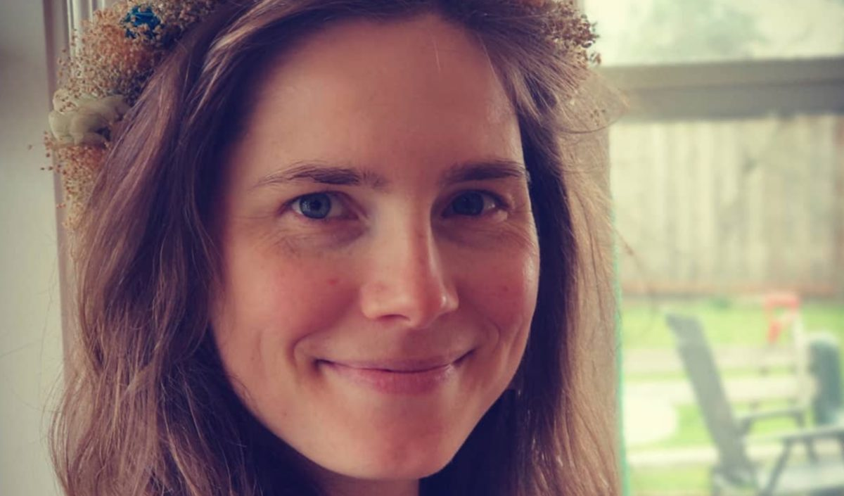 amanda knox questions if time in italy was the cause of her recent miscarriage1