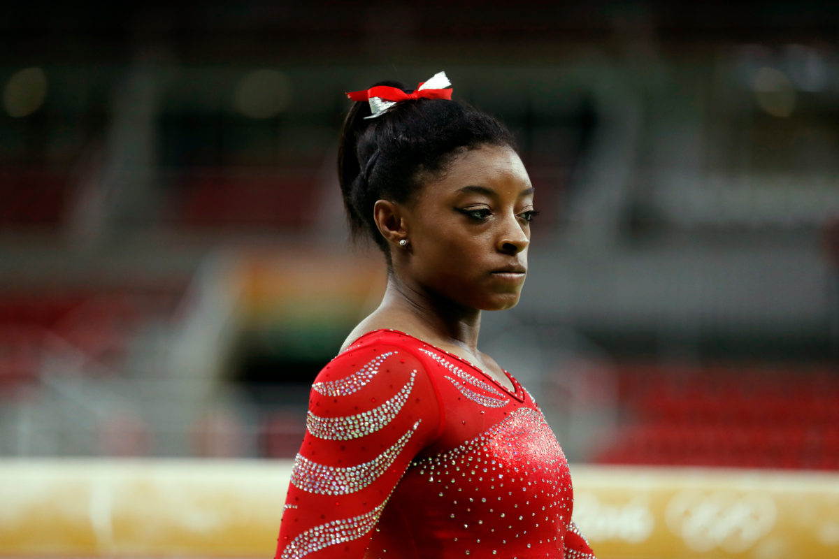 simone biles thanks her teammates for 'stepping up when she couldn't'