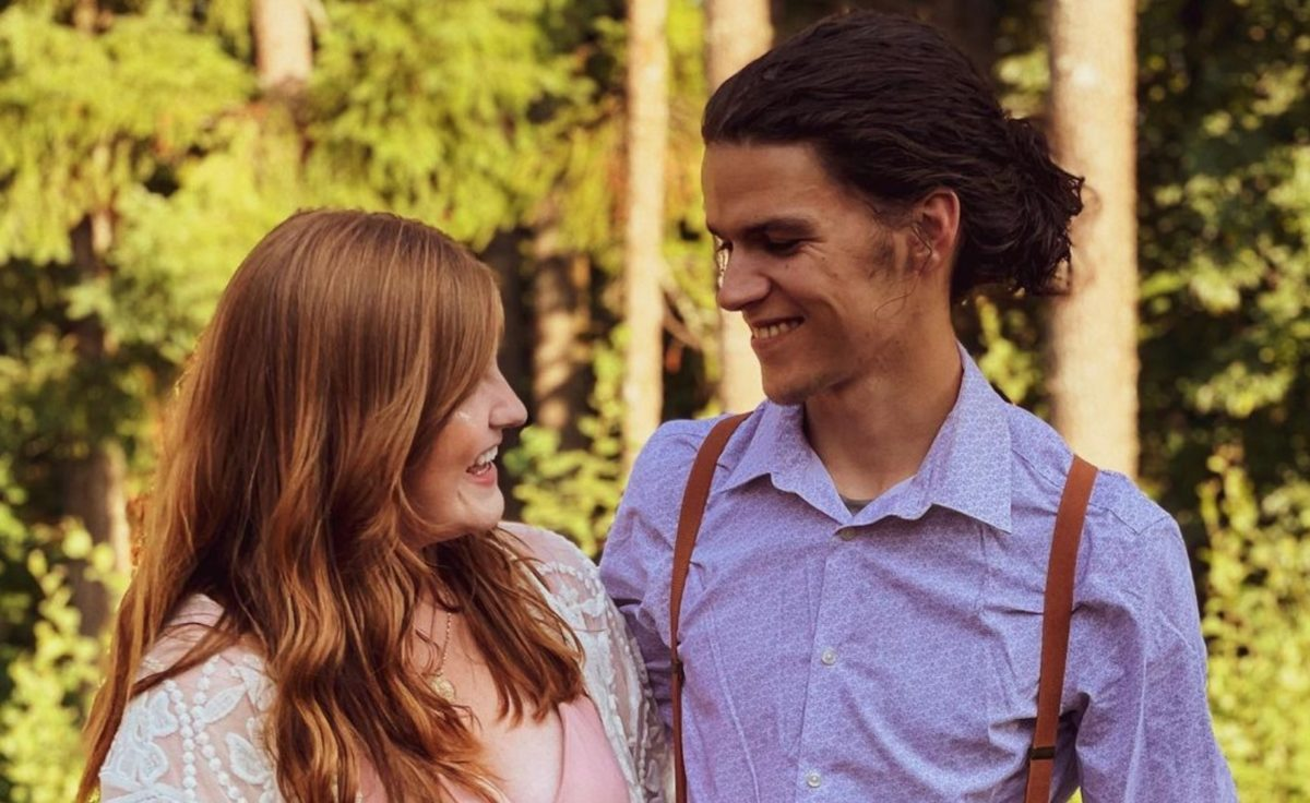 isabel roloff speaks out against commenters who are shaming her for sharing photos of her pregnancy following news of tori roloff's loss1