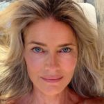 Paulina Porizkova Posts Crying Selfie With Lengthy, Emotional Caption