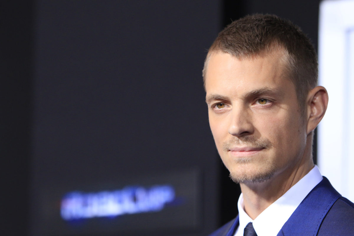 actor joel kinnaman files for a restraining order citing extortion, gabriella magnusson responds