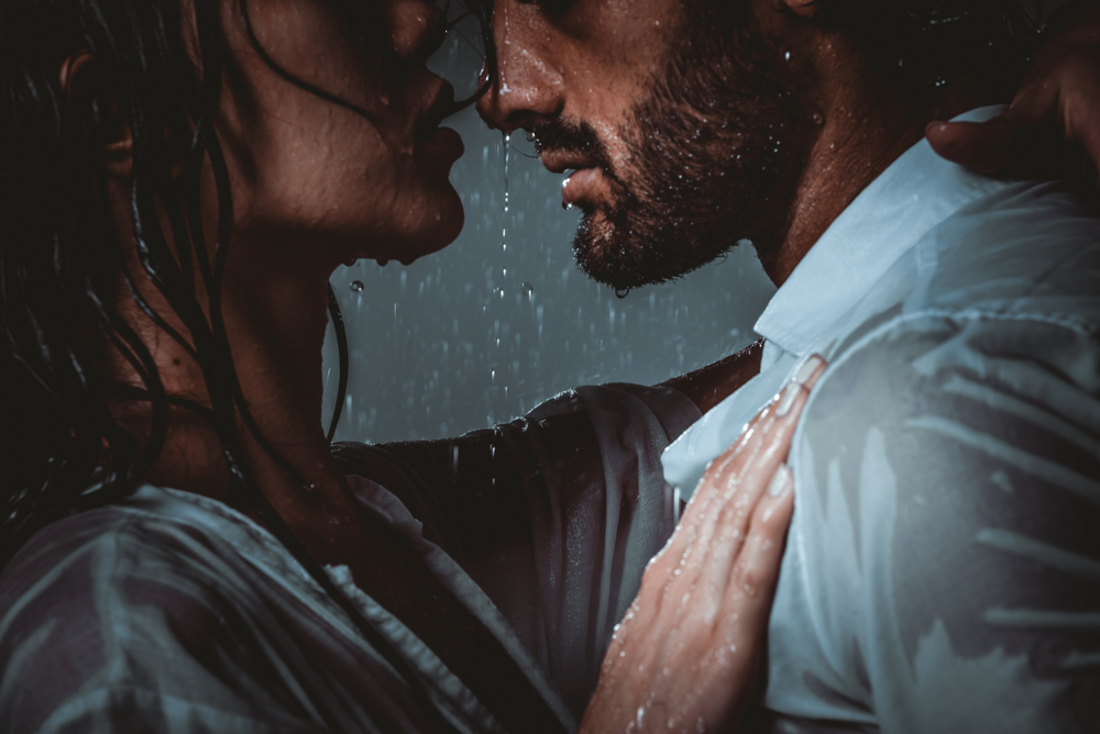 30 rainy day date ideas