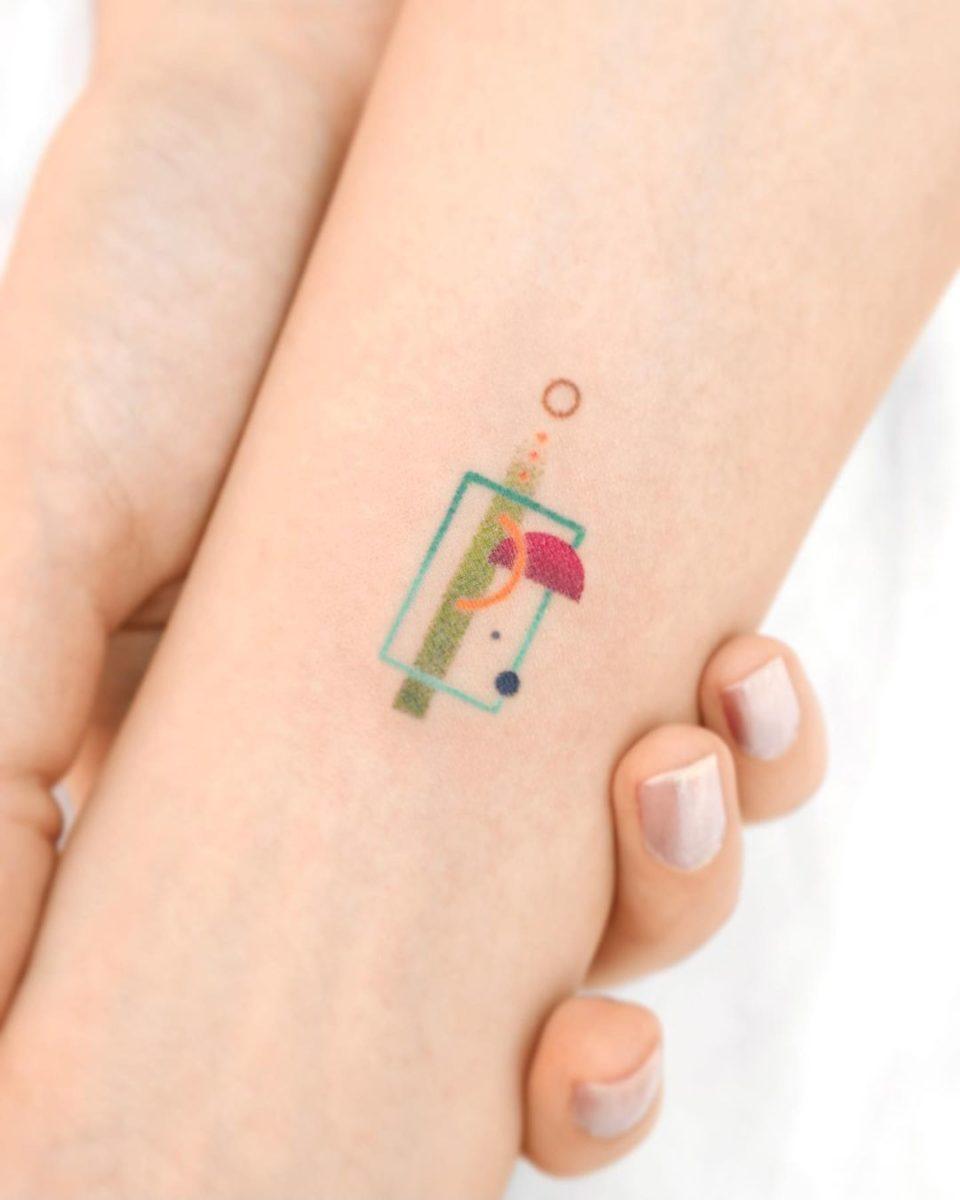 33 small wrist tattoos