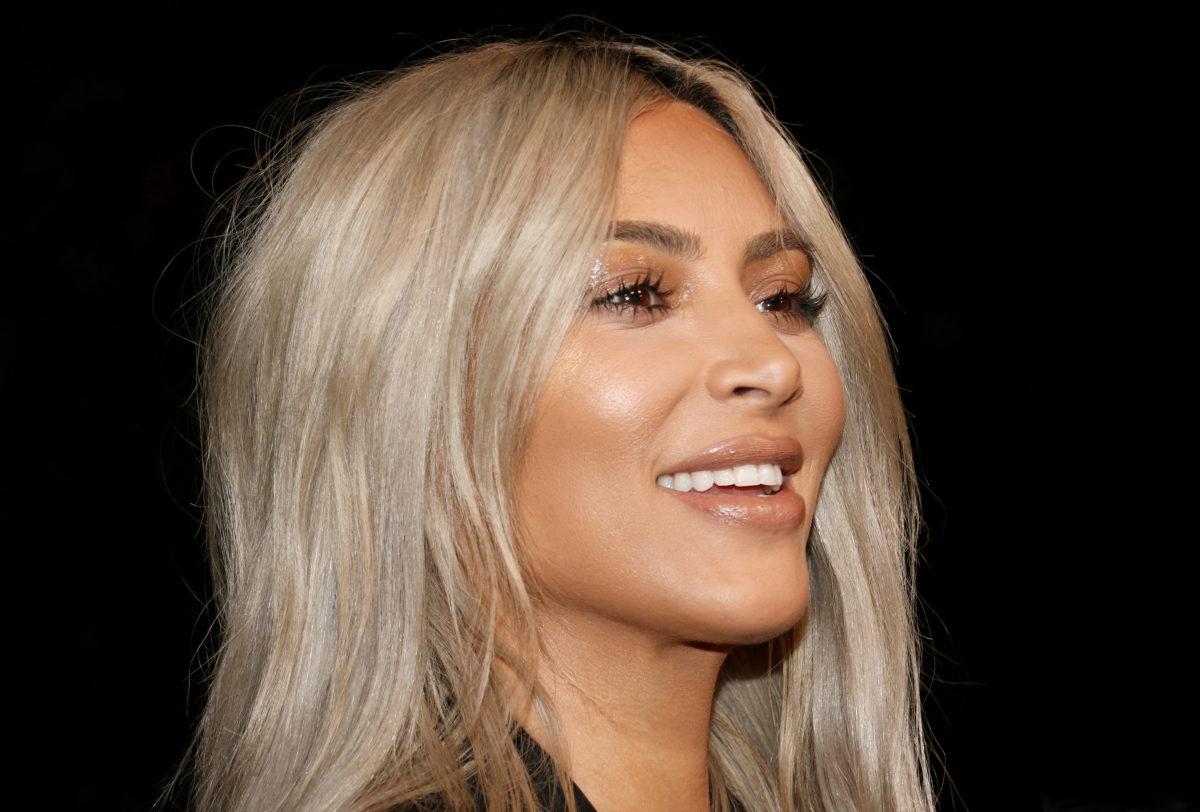 kim kardashian says kourtney and travis barker's pda is 'cute'