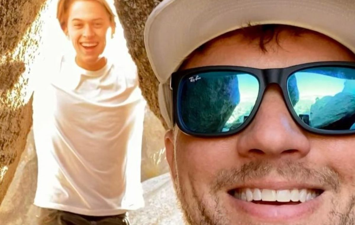 ryan phillippe reveals his opinion on son deacon's resemblance to him